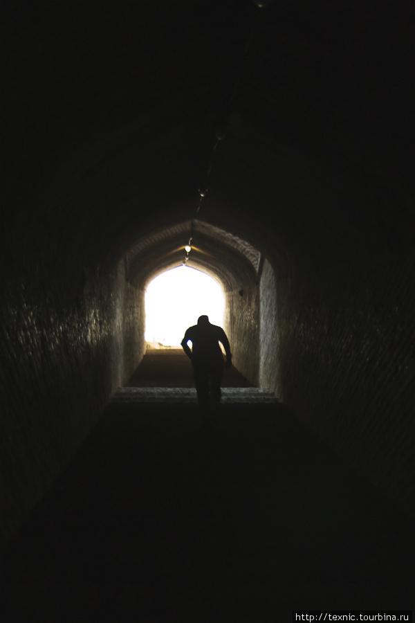 Путь из него наверх