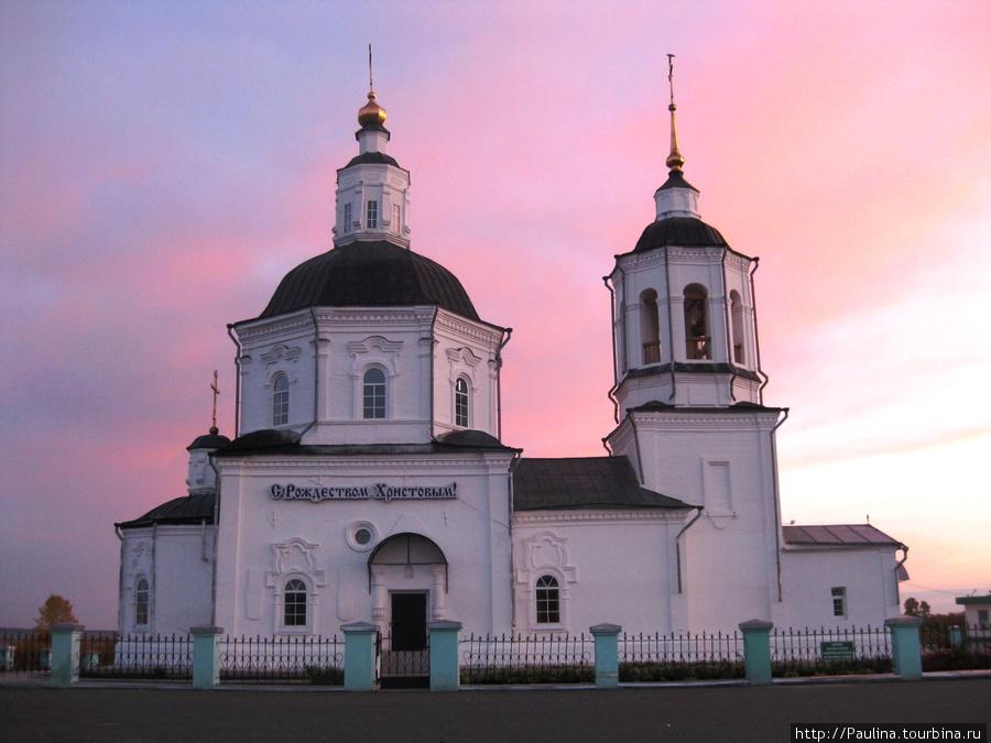 Церковь в с.Коларово, к которой ездят многие томские молодожены