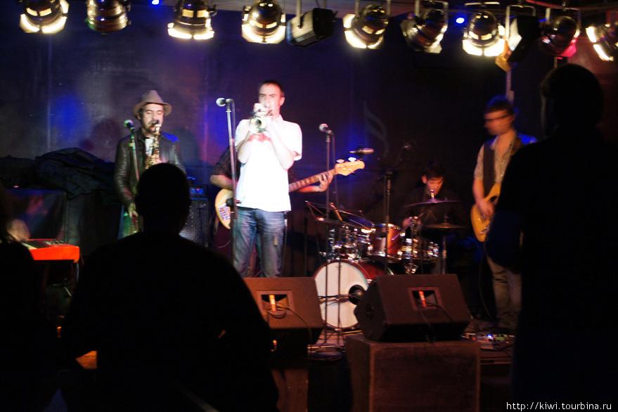 Концерт в джаз-клубе