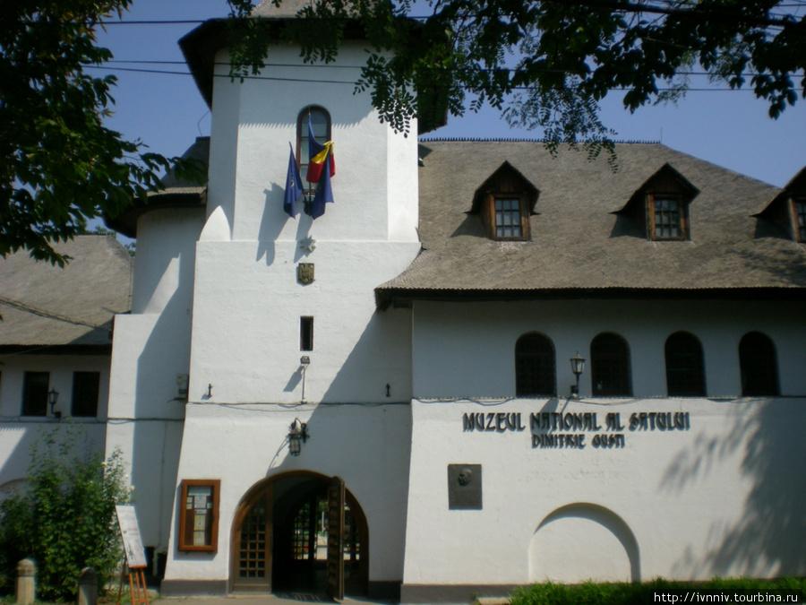 Музей деревни, вход