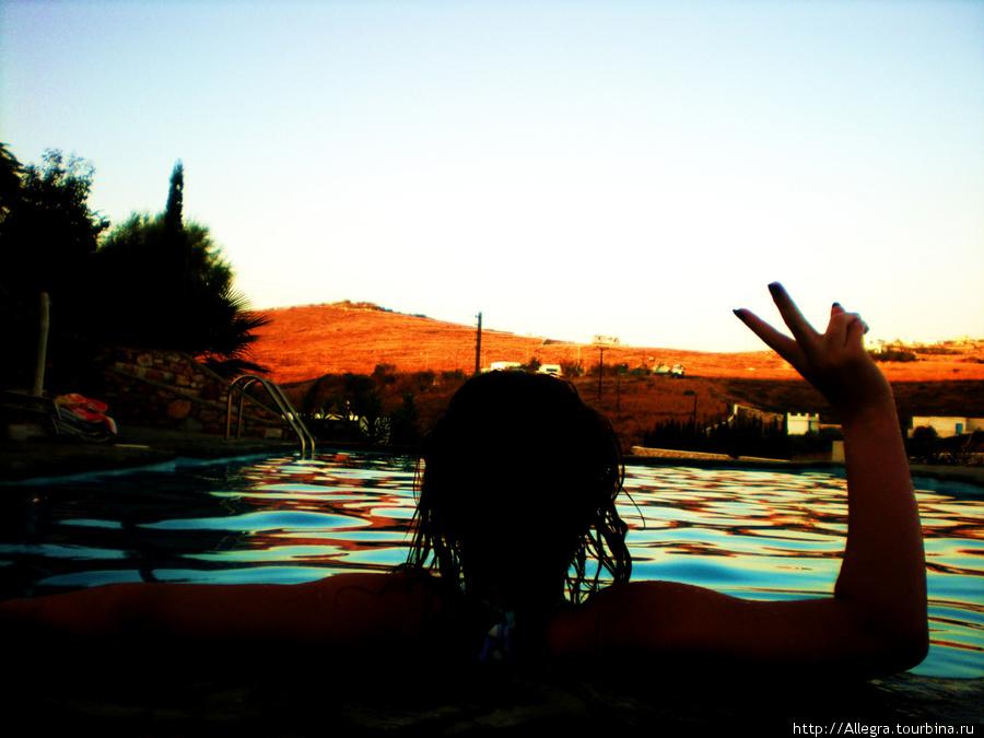 Дольче вита... моя дочь не вылазила из бассейна..а на море так ни разу и не пошла.