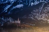 Видом замка был очарован Чайковский — и именно здесь, как полагают историки, у него родился замысел балета «Лебединое озеро».