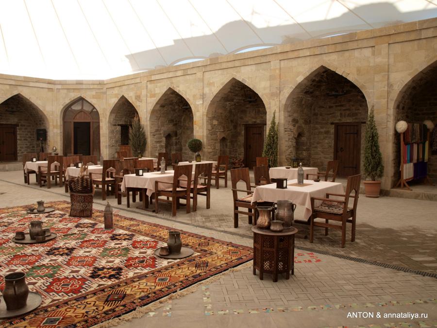 Ресторан по-азербайджански
