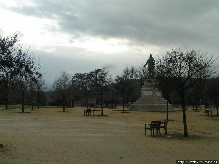 Безлюдье Валанс, Франция