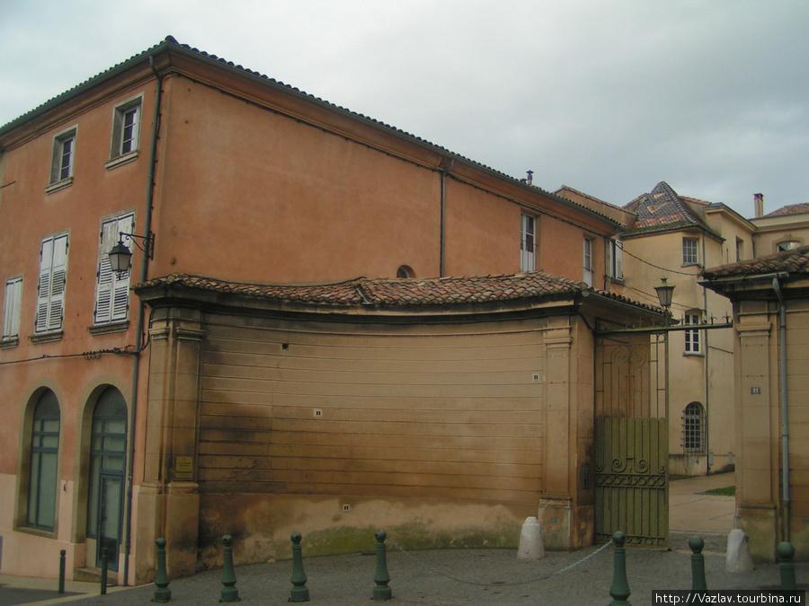 Граница на замке? Валанс, Франция