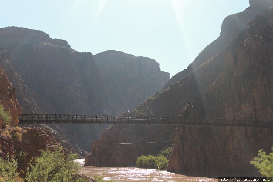 Черный мост через Колорадо.
