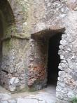в боковых пределах замка все-таки есть помещения под крышей