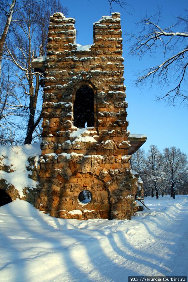Башня-руина в Орловском п