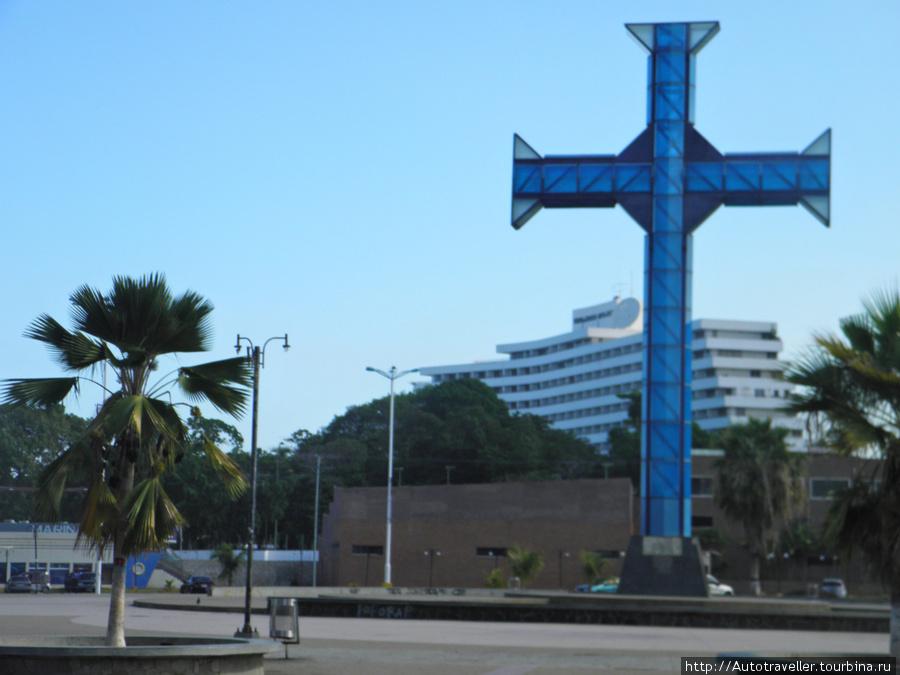 Puerto la Kruz.  Eto tot samií´Kuz, v chest´kotorogo nazvan gorod.