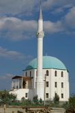 Татарская мечеть в п.Солнечная Долина. Это вообщем-то и всё, что можно здесь посмотреть...и один отель (4-6 тыс./сутки за 2-х номер) с открытым бассейном.