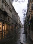 Непогода прогнала людей с улиц