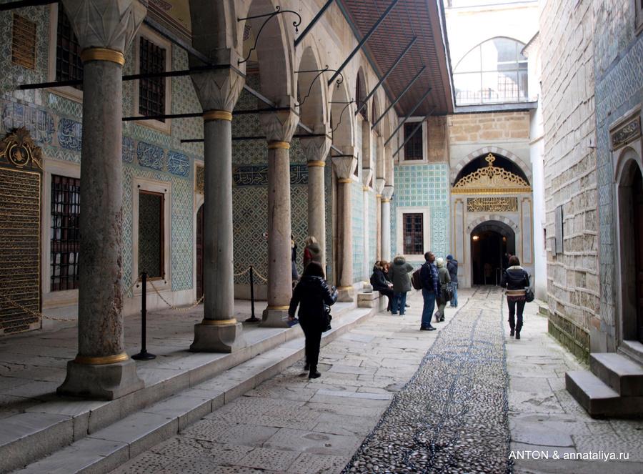 Вход в гарем дворца Топкапы