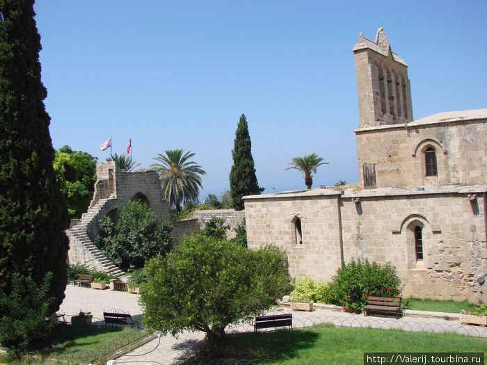 Монастырь Белапайя