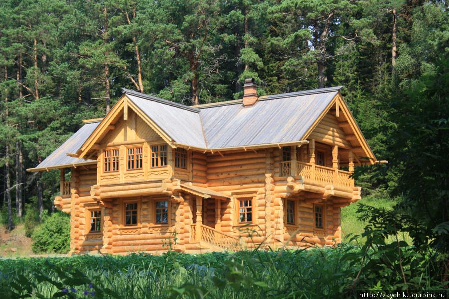 Вот такие там хорошенькие домики