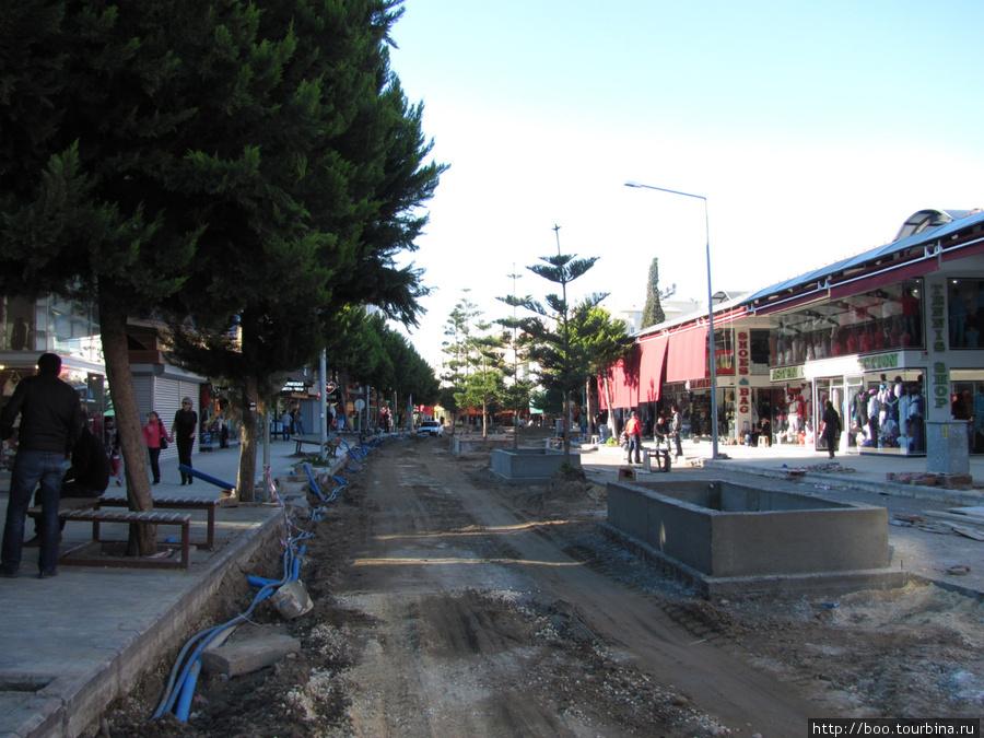 Центр города перекопан: ремонт дороги