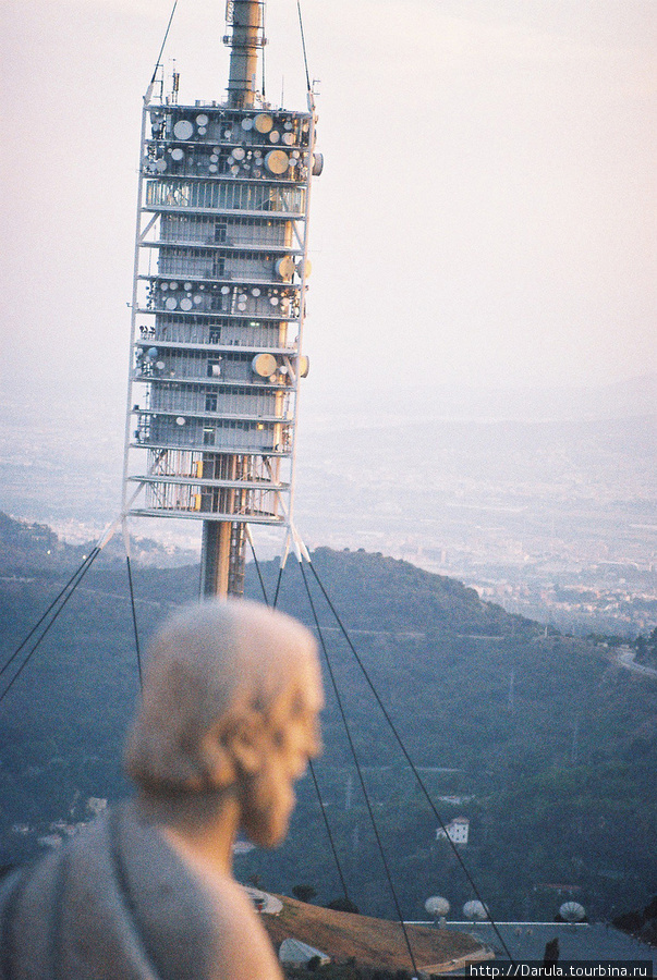 фотографию снял Lorkan  http://www.flickr.com/people/lorkano/