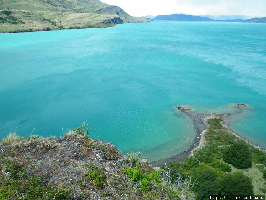Вот он этот бирюзовый цвет! Кажется, сейчас искупаешься ;-) Сколько градусов вода, как думаете?