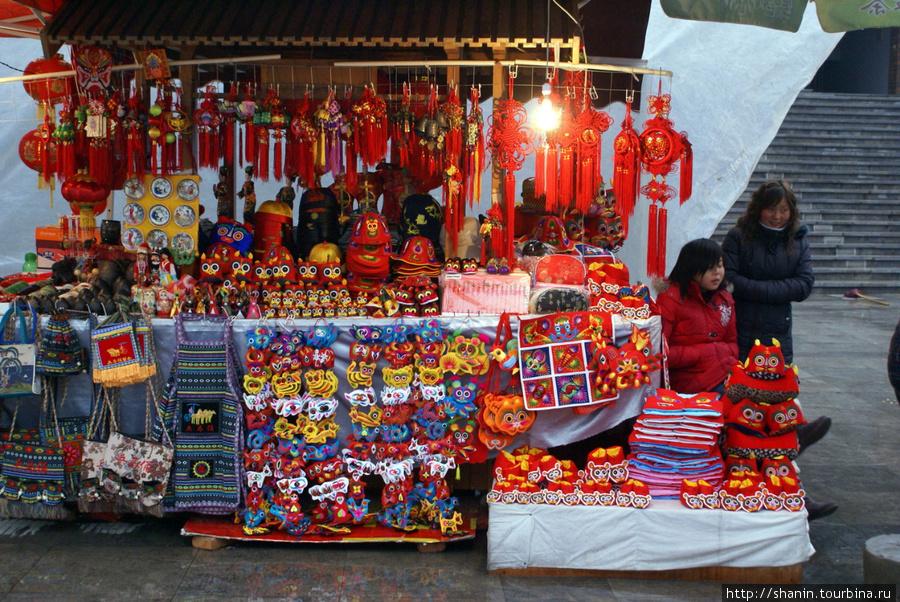 Китай что привезти в подарок 15