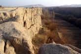 Город Цзяоху расположен на плато над рекой