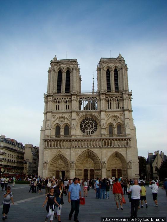 Всё понятно, Собор Парижской богоматери