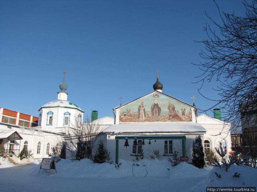 Свято-Троицкий монастырь. Общий вид.