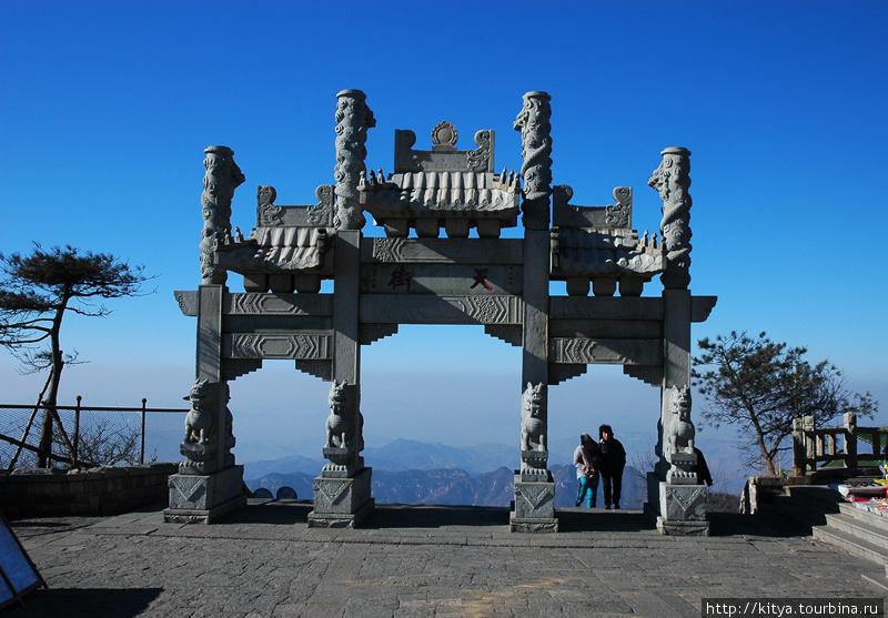 На Тайшань из Пекина зимой Тайшань, Китай