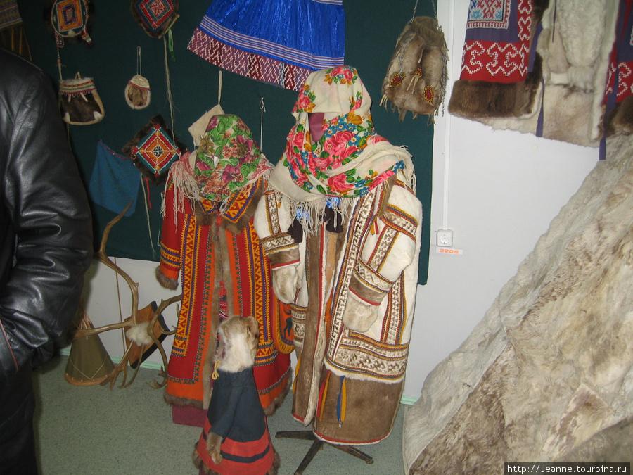 Национальные праздничные костюмы