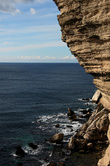 А место это — фьордообразный уютный заливчик, образующий длинный скалистый мыс Растелло (Montee Rastello).