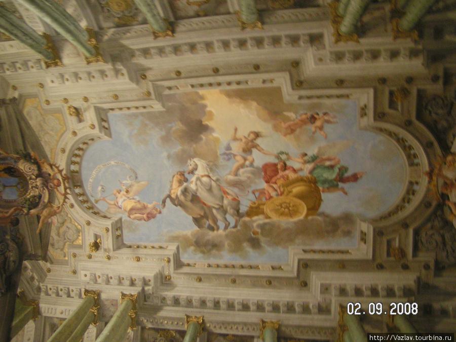 Роспись потолка во дворце