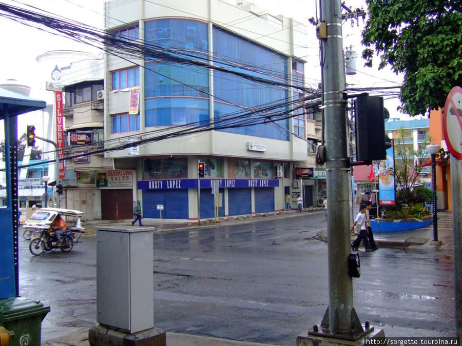 Редкое явление на улицах ПП — светофор