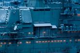 5 сентября 2005 года в Северной Атлантике на авианесущем крейсере произошли две аварийные посадки истребителей Су-33. Один из истребителей упал в океан и затонул на глубине 1100 метров, второй удержался на палубе. Причиной обеих аварий был обрыв троса аэрофинишера (толстого стального троса, служащего для принудительной остановки самолётов). Затонувший самолёт планировалось уничтожить глубинными бомбами в связи с наличием секретной аппаратуры, однако выяснилось, что это сделать невозможно. Командование ВМФ выразило надежду, что самолёт разрушится сам.