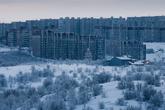 По количеству и плотности нанесённых по городу бомбовых ударов среди советских городов Мурманск уступает лишь Сталинграду. В результате бомбардировок было уничтожено три четверти построек.