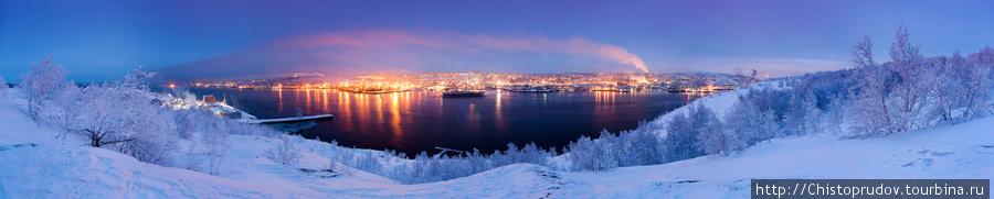 Панорама вечернего Мурманска. Мурманск, Россия