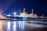 Атомный ледокол «Ленин» — первое в мире надводное судно с ядерной силовой установкой. Применение этого ледокола позволило существенно продлить срок навигации на Северном морском пути. Ледокол «Ленин» проработал 30 лет и в 1989 был выведен из эксплуатации.