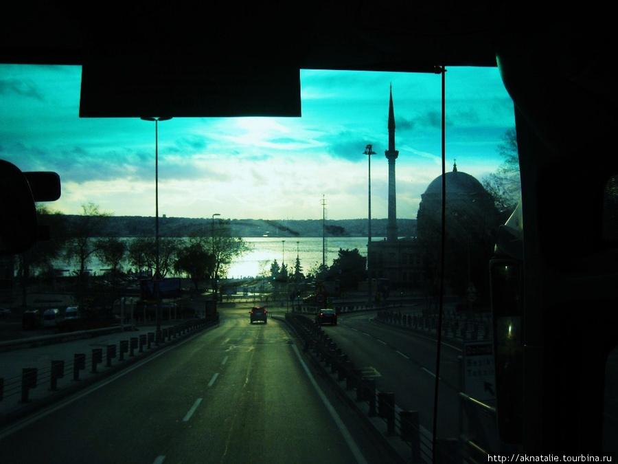 раннее утро по дороге в аэропорт