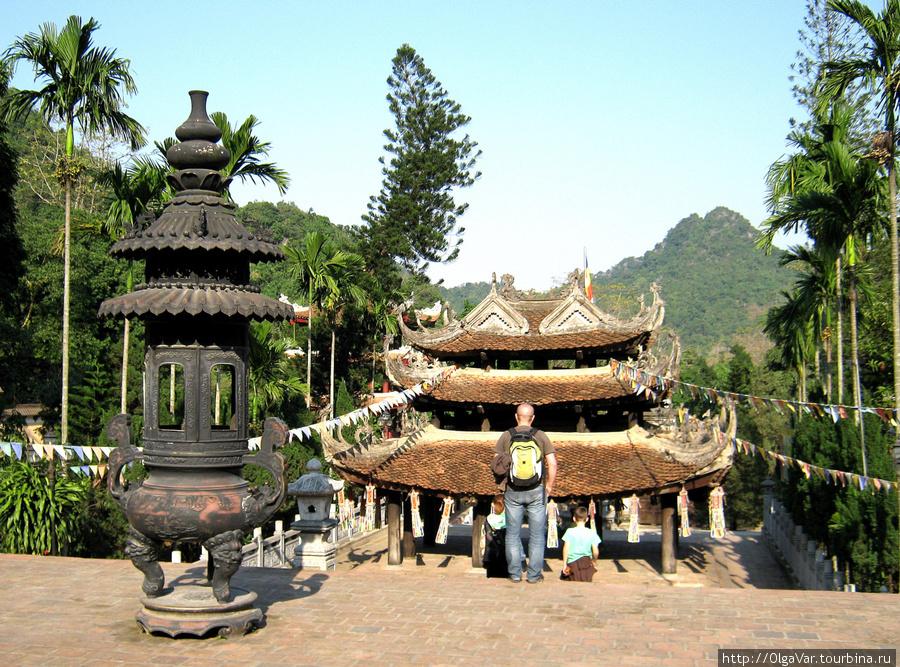 Пагода Тхиенчу (Chua Thie