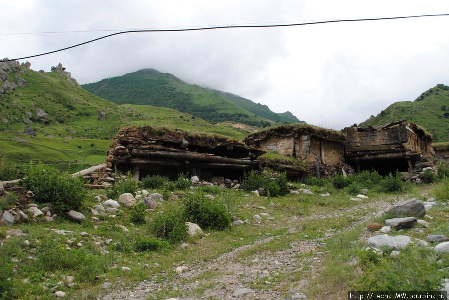 Старые дома в Булунгу