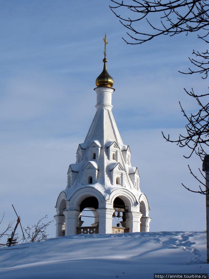Колокольня храма, вид с ул. Затинной.