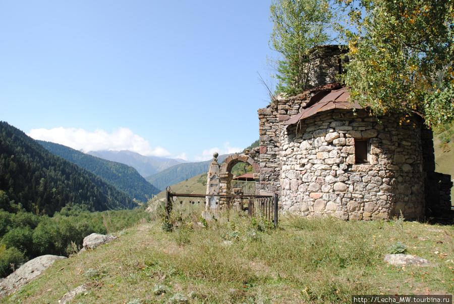 Церковь в селении Згубир