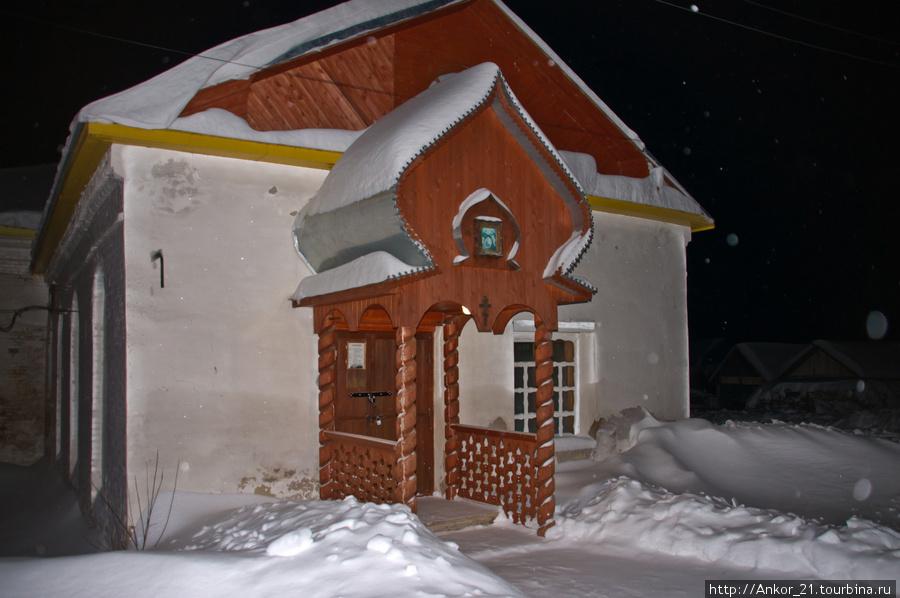 Христорождественская церковь очень старинная (1754-1767 г.г.), она является главной достопримечательностью и гордостью Нагорска.