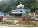 Ещё одна мечеть —  пострадавшая от селевых потоков