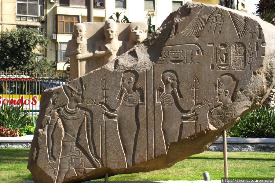 Египетский музей — одно большое разочарование и зря потраченные деньги. Это не музей, это склад