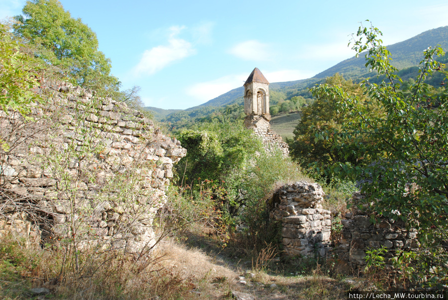 Церковь Св.Георгия 18 века в селении Бикар