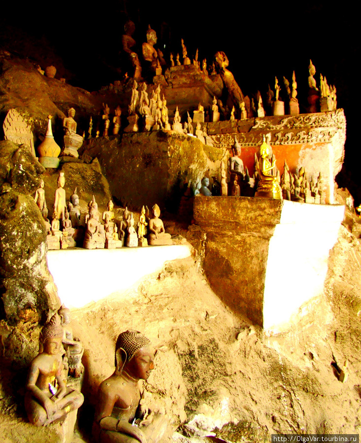 В нижней пещере