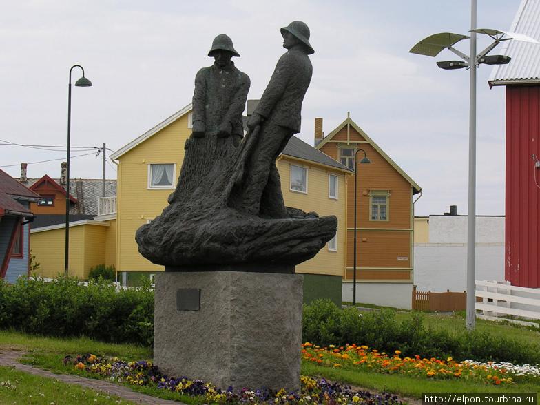 Памятник поморским рыбакам