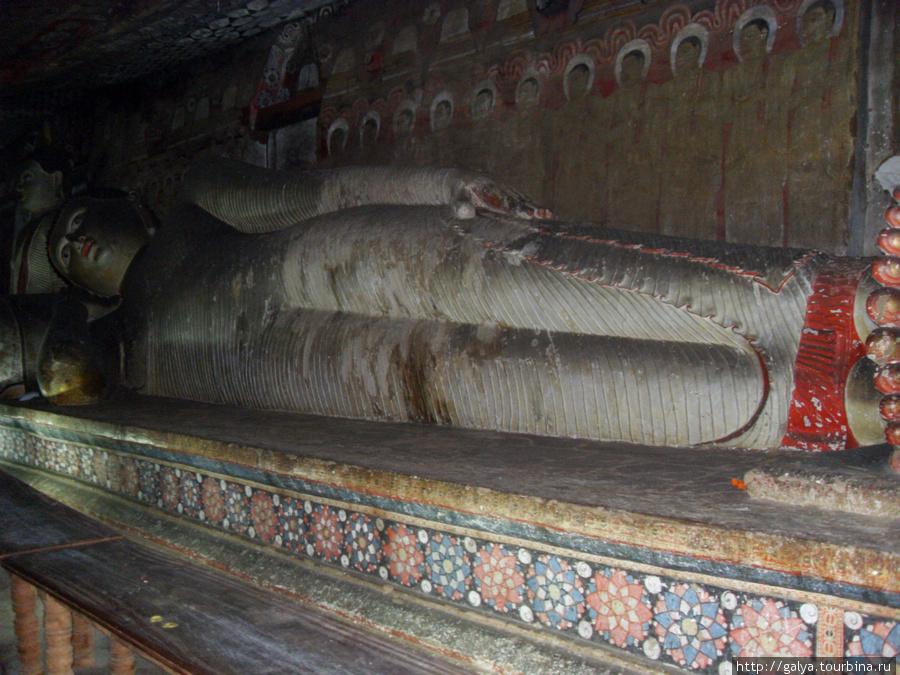 И снова Будда лежащий