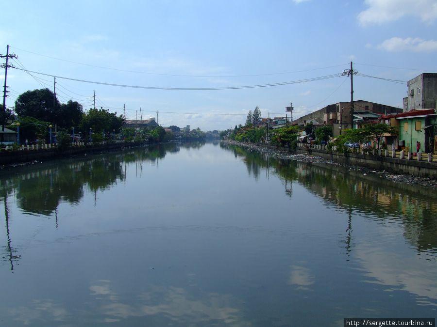 Манильская речка — вонючка