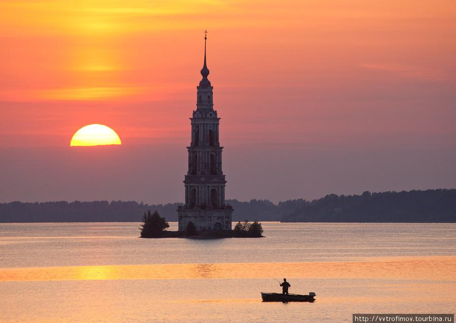 Вечер жаркого дня. Калязин, Россия