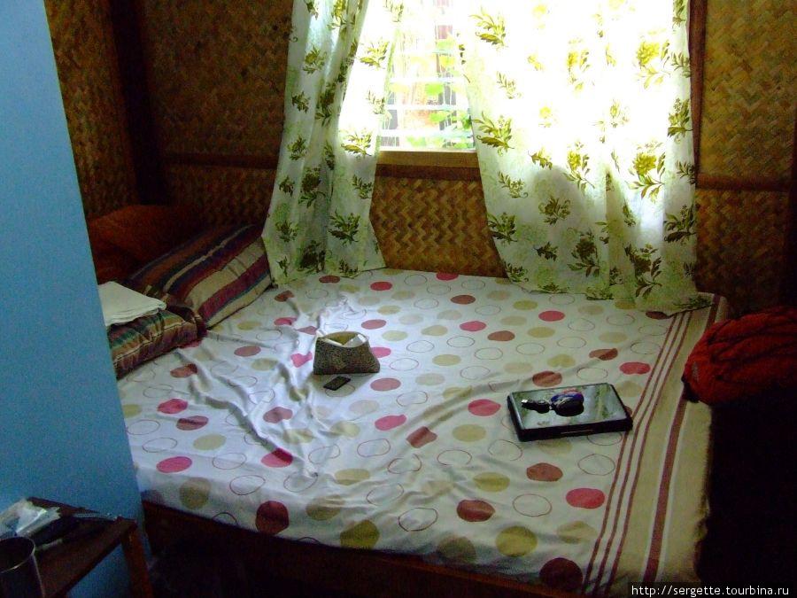 Кровать в микрономере