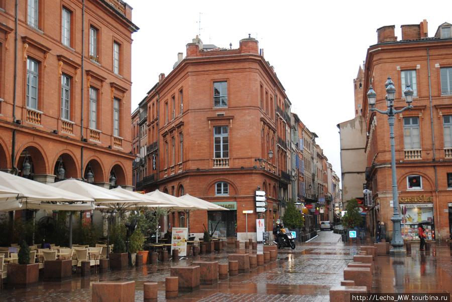 Угол площади Capitole
